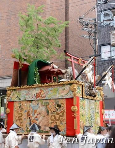 祇園祭の鯉山