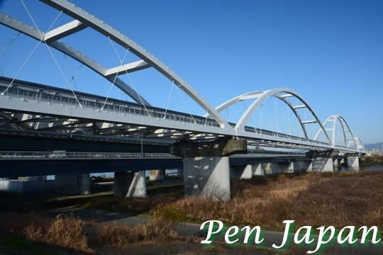 鳥飼大橋(モノレール)